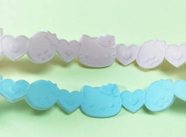 【震撼精品百貨】Hello Kitty 凱蒂貓~手環/手鍊-橡膠材質-粉藍緞帶造型