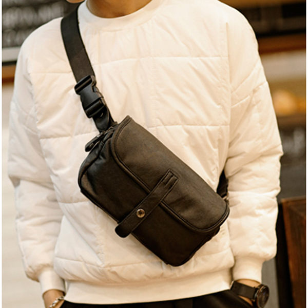 Mao  【5折超值價】經典熱銷原創設計新款百搭休閒單肩背包