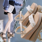 熱賣坡跟鞋2021夏季新款百搭厚底鬆糕羅馬涼鞋仙女風網紅ins潮坡跟涼鞋女  coco