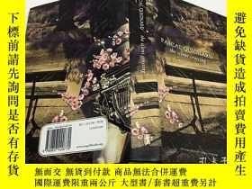 二手書博民逛書店The罕見Silent Crossing 沉默的穿越 英文原版文