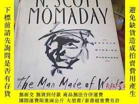 二手書博民逛書店N.SCOTT罕見MOMADAY The Man Made of