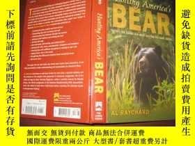 二手書博民逛書店HUNTING罕見AMERICA S BEAR(精裝 英文原版)