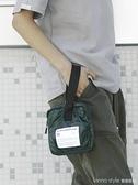 原創復古便攜手拿包街頭旅行手提化妝女包手機包 新品全館85折