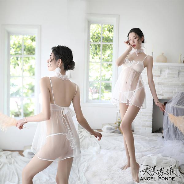天使波堤【LD0526】荷葉低胸透視網紗睡裙蕾絲大尺碼罩衫居家睡衣緞面網襪吊帶襪三件式-白色