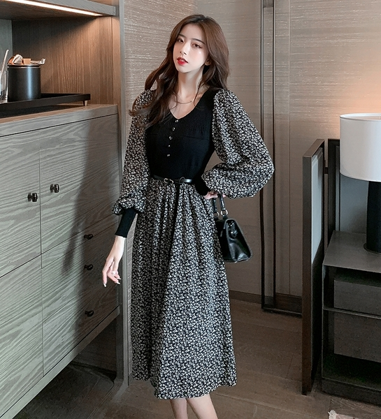 VK精品服飾 韓國風時尚優雅碎花裙針織拼接收腰長袖洋裝