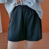 依多多 短褲 寬鬆百搭黑色短褲