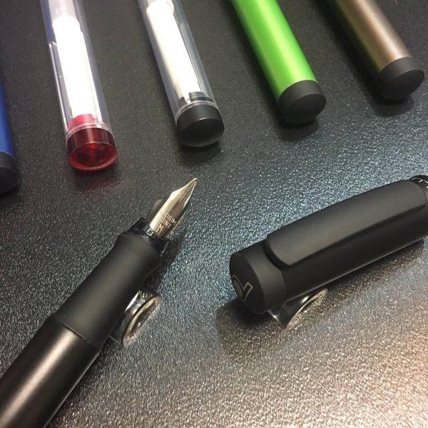 豪彼-青年鋼筆-金屬系列-金屬黑/金屬藍/咖啡金