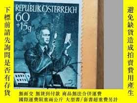 二手書博民逛書店The罕見Observer s Book of Postage Stamps《觀察家報》的郵票冊(1967年英文原
