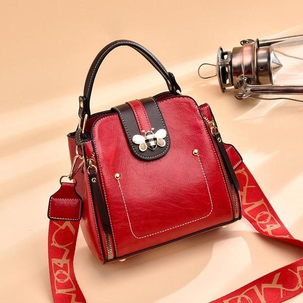 秋季小包包女包2021新款時尚百搭潮上新軟皮水桶包女士側背斜背包 伊蘿