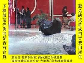 二手書博民逛書店ART罕見AT WORK THE CHASE MANHATTAN COLLECTIONY10980 ART A