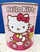 【震撼精品百貨】Hello Kitty 凱蒂貓~鐵製垃圾桶-騎腳踏車#89370