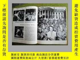 二手書博民逛書店NEW罕見DEAL AND GLOBAL WAR1933-194