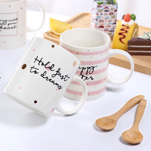 描金字母陶瓷杯-附竹質湯匙 【娜娜香水美妝】金邊 描金 馬克杯 咖啡杯 韓版 可愛