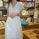 日系長裙洋裝連身裙~胖妹妹大碼洋裝 碎花大碼洋裝~長裙收腰露背V領白色連身裙1723.2F038愛尚布衣