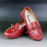 拜年踏青首選《貴氣運動鞋》諾曼地鱷魚紋牛皮豆豆健康鞋(紅)◆獨家送贈萬用苧麻編織包一個