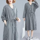 孕婦裝 MIMI別走【P521258】日系格紋 寬版開扣抽繩連身裙 孕婦洋裝