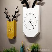 北歐創意鹿掛鐘客廳臥室靜音時鐘木質方形掛錶現代簡約家居壁掛  Cocoa