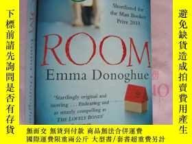 二手書博民逛書店Room罕見(Shortlisted for the man b
