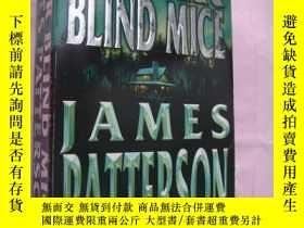 二手書博民逛書店Four罕見Blind MiceY146810 James Pa