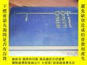 二手書博民逛書店THE罕見PRACTICAL DICTIONARY OF ELE