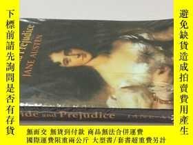 二手書博民逛書店Pride罕見and Prejudice 傲慢與偏見( )Y25