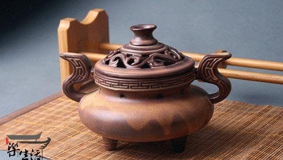 陶瓷香爐 祥雲