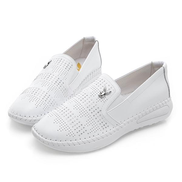 PLAYBOY亮眼聚焦 沖孔排鑽真皮休閒樂福鞋-白(Y3795)
