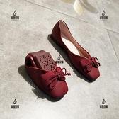 平底方頭單鞋女淺口平跟軟底奶奶鞋蝴蝶結軟皮蛋卷豆豆鞋【愛物及屋】