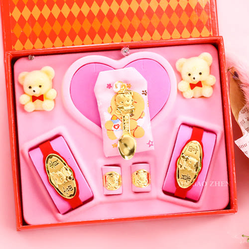 金寶珍銀樓-博士金湯匙-彌月金飾音樂禮盒(0.50錢)