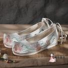 漢服鞋 春夏古裝鞋子女古風漢服搭配古代內增高繡花翹頭平底弓鞋明製