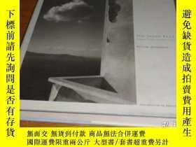 二手書博民逛書店The罕見Greek File: Images from a M