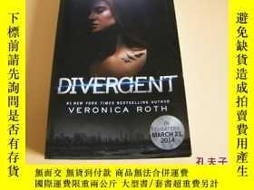 二手書博民逛書店英文原版The罕見Divergent Official Illustrated Movie Companion。奇