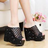 拖鞋女夏時尚外穿百搭鬆糕厚底厚底楔形涼拖鞋室外韓版一字拖新款 薔薇時尚