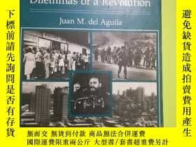二手書博民逛書店Cuba:罕見Dilemmas of a RevolutionY146830 Juan M. Del Agui