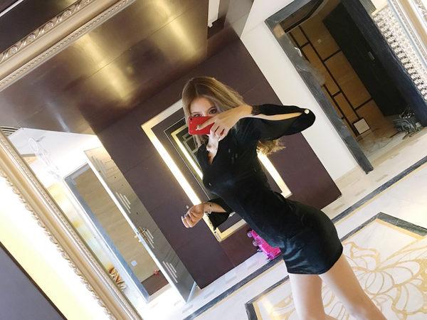 洋裝A300名媛氣質絲絨長袖珍珠扣裝飾修身顯瘦打底裙包臀禮服連身裙DS5F-515-B紅粉佳人