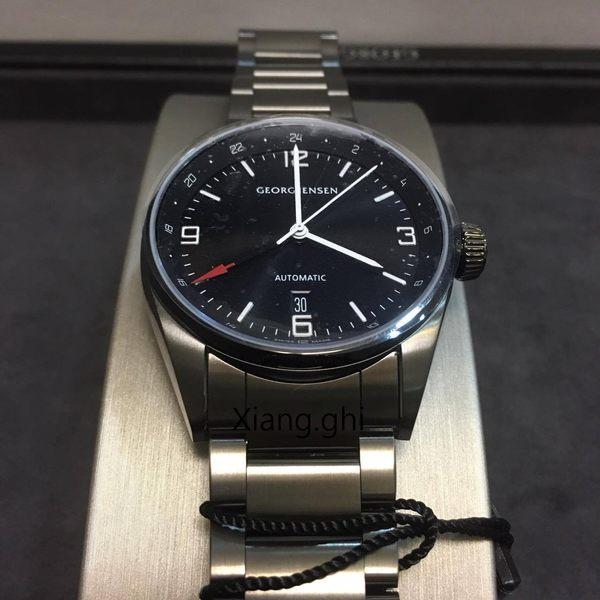 喬治傑生(GEORG JENSEN)-DELTA CLASSIC兩地時區機械錶-黑鋼42mm