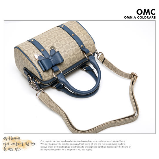 OMC 韓國專櫃心印花樣真皮款波士頓包-知性藍