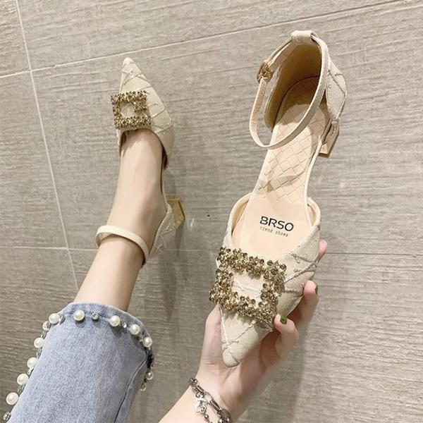 低跟鞋 高跟鞋女夏2021年新款時尚水鉆尖頭單鞋仙女風中跟粗跟一字帶涼鞋
