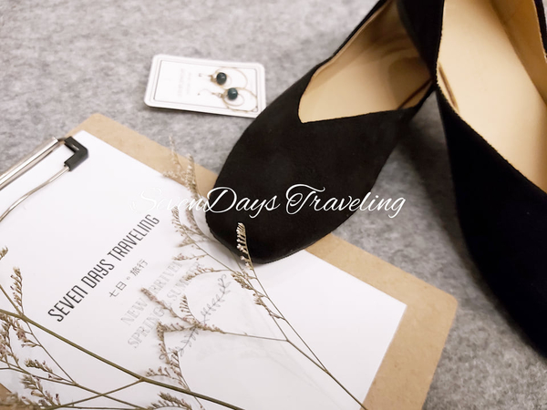 六月芬蘭方頭V口絨布素面平底鞋奶奶鞋包鞋女鞋娃娃鞋黑色(31小尺碼-44大尺碼)現貨