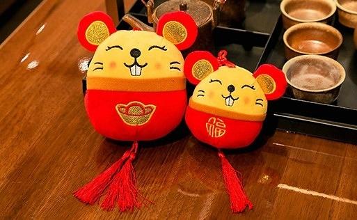 【15公分】過年圓鼠吊飾娃娃 生肖鼠玩偶 新年快樂吉祥物公仔 聖誕節交換禮物 鼠年行大運