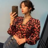 韓國IG熱門款洋氣時髦短款小個子減齡復古v領收腰顯瘦燈籠袖花朵襯衫女『居享優品』