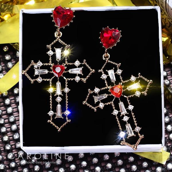 《Caroline》★韓國熱賣造型時尚Bling  Bling 絢麗閃亮動人十字架耳環70288