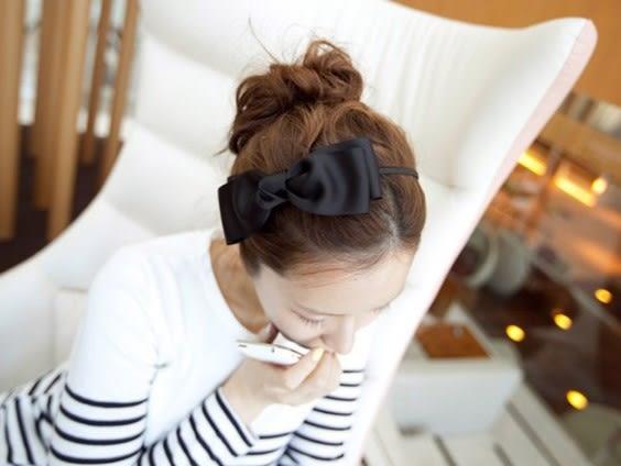 [協貿國際] 髮飾大蝴蝶結髮箍緞帶原創頭飾髮夾 (10個價)