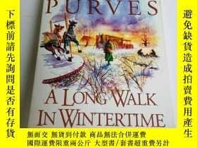 二手書博民逛書店LIBBY罕見PURVES:A LONG WALK IN WIN