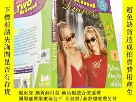二手書博民逛書店two罕見of a kind:兩種一種... Y200392