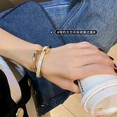 手鐲 輕奢白貝板材手鐲彎曲金屬質感手鏈ins小眾設計韓版時尚網紅手飾【快速出貨八折下殺】
