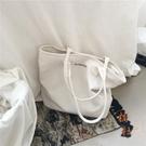韓版簡約百搭大容量帆布包女單肩側背手提袋【橘社小鎮】