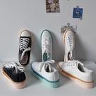 帆布鞋 秋季新款正韓百搭少女休閒平底帆布鞋學生系帶拼色時尚運動鞋-Ballet朵朵
