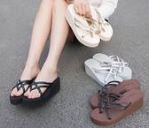 鬆糕厚底防滑一字拖高純黑米棕灰色沙灘旅遊度假坡跟人字拖女涼鞋【七夕情人節】