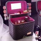 大容量韓國化妝包可愛小號方品中袋隨身便攜手提收納盒簡約化妝箱【米蘭街頭】